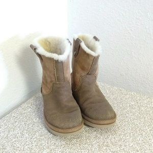 Ugg Australia Brown Leather Girls Boots.